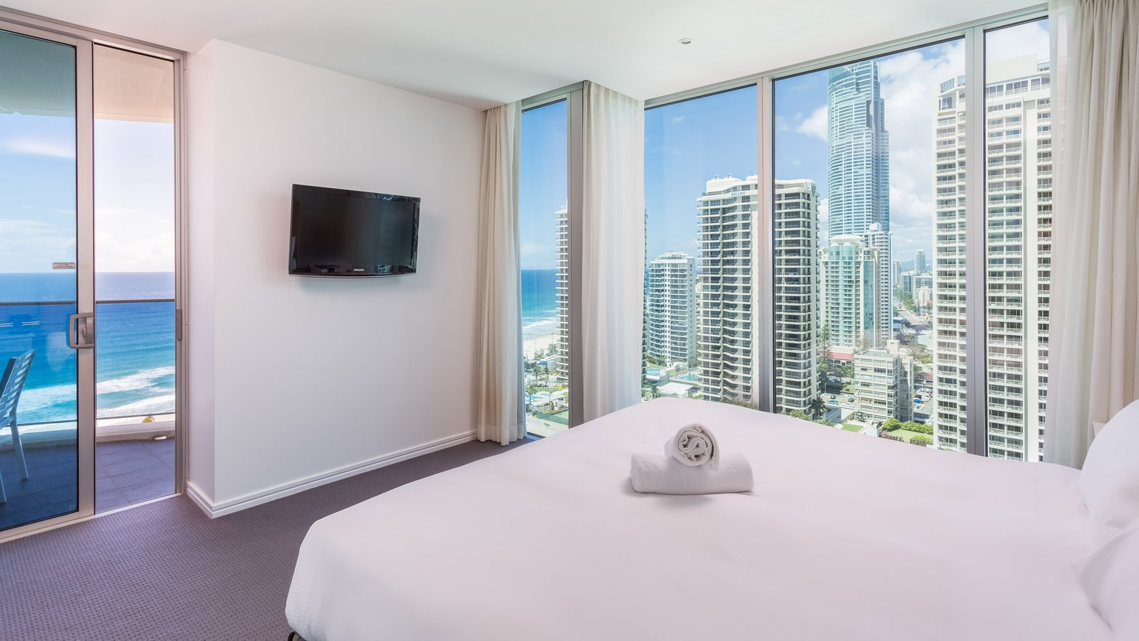Holiday Holiday - H Residences above Hilton Surfers Paradise main bedroom ocean