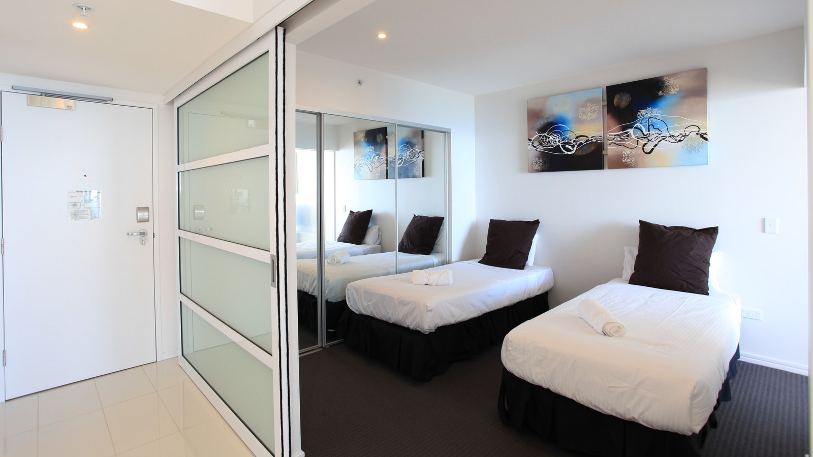 Holiday Holiday - H Residences above Hilton Surfers Paradise second bedroom ocean